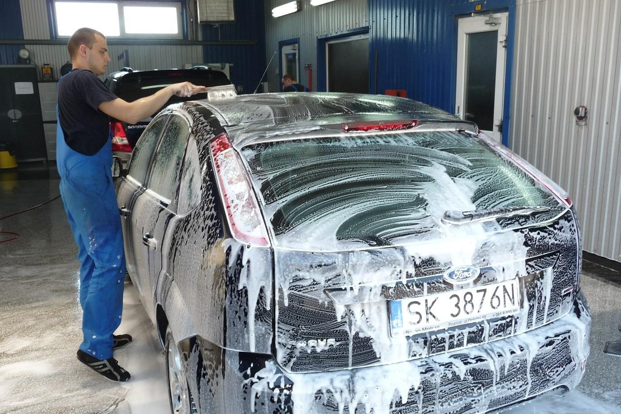 Zużycie wody podczas mycia auta